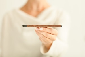 FiftyThree_Pencil_Walnut_SideView