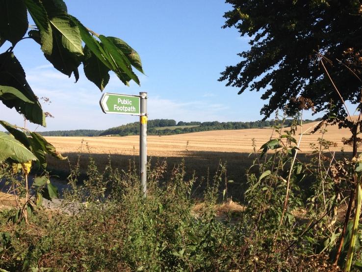 Harrietsham Kent_Public Footpath 01.JPG